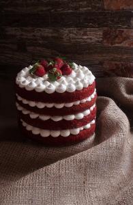 کیک رد ولوت (قرمز مخملی)